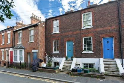 2 Bedroom House For Sale in Albert Street, St. Albans, Hertfordshire - Collinson Hall