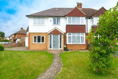 4 Bedroom House Sold Subject To Contract in Stanmount Road, Chiswell Green, BW, PS & LC, St Albans - Collinson Hall