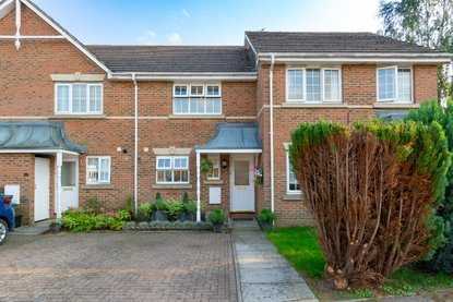 2 Bedroom House New Instruction in Puddingstone Drive, St. Albans - Collinson Hall