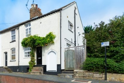 3 Bedroom House New Instruction in Old London Road, St. Albans - Collinson Hall