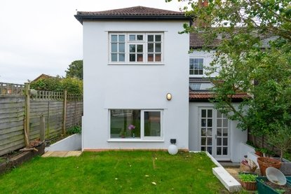 3 Bedroom House Sold Subject To Contract in Old London Road, St. Albans - Collinson Hall