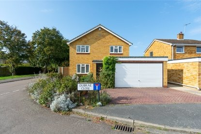 4 Bedroom House Sold Subject To Contract in Dubrae Close, St. Albans - Collinson Hall
