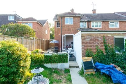 3 Bedroom House For Sale in Cell Barnes Lane, St. Albans - Collinson Hall