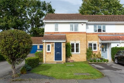 3 Bedroom House For Sale in Bell View, St. Albans, Hertfordshire - Collinson Hall
