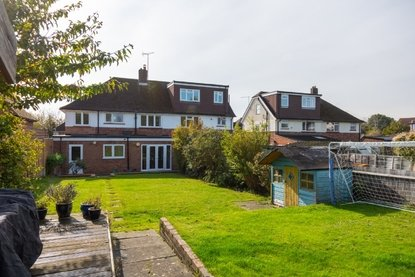 5 Bedroom House Sold Subject To Contract in Hammers Gate, St. Albans - Collinson Hall