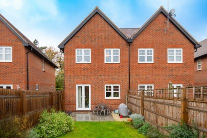 3 Bedroom House New Instruction in King Harry Lane, St. Albans - Collinson Hall