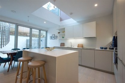 4 Bedroom House For Sale in Gabriel Square, St. Albans, Hertfordshire - Collinson Hall