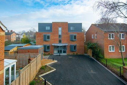 2 Bedroom Apartment For Sale in Ashfield Court, 102 Ashley Road, St. Albans - Collinson Hall