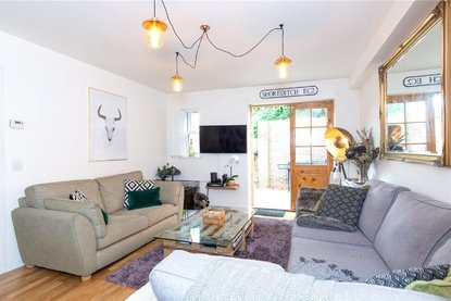 1 Bedroom Apartment For Sale in London Road, St Albans City, St Albans - Collinson Hall