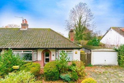 2 Bedroom Bungalow New Instruction in Oak Avenue, Bricket Wood, St. Albans - Collinson Hall