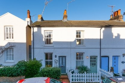 3 Bedroom House New Instruction in Alexandra Road, St. Albans - Collinson Hall