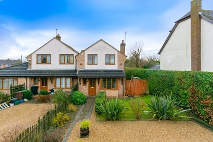 3 Bedroom House To Let in Brewhouse Hill, Wheathampstead, Hertfordshire - Collinson Hall