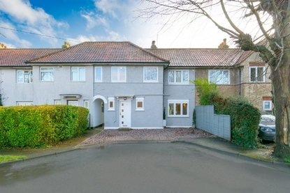 3 Bedroom House For Sale in Springfield Road, Smallford, St. Albans, Hertfordshire - Collinson Hall