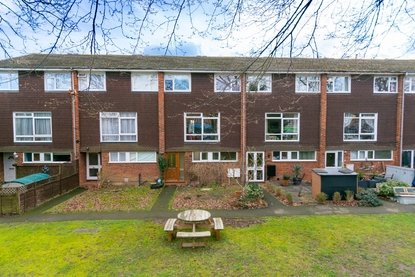 3 Bedroom Maisonette For Sale in How Wood, Park Street, St. Albans - Collinson Hall