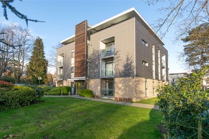 1 Bedroom Apartment Let in Magdalen Court, Newson Place, St Peters Road, St Albans - Collinson Hall