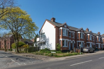 1 Bedroom Maisonette Let in Hatfield Road, St. Albans, Hertfordshire - Collinson Hall