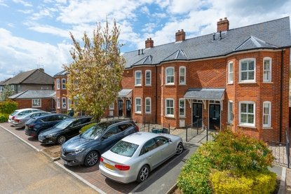 3 Bedroom House Let in Wetherall Mews, St. Albans, Hertfordshire - Collinson Hall