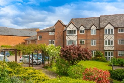 1 Bedroom Apartment New Instruction in Davis Court, Marlborough Road, St. Albans - Collinson Hall