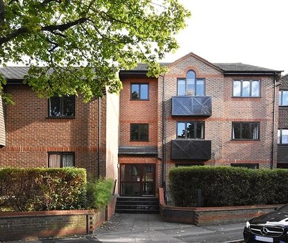 1 Bedroom Apartment New Instruction in Chatsworth Court, Granville Road, St. Albans, Hertfordshire - Collinson Hall