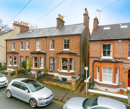 3 Bedroom House New Instruction in Liverpool Road, St. Albans, Hertfordshire - Collinson Hall