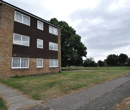 1 Bedroom Apartment New Instruction in Gordon House, Gordon Close, St. Albans, Hertfordshire - Collinson Hall